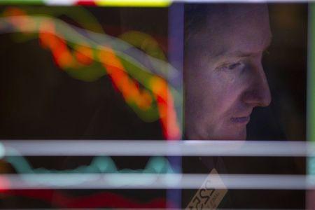 美国股市:基本持平,银行股升势暂歇