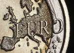Forex - Euro hits session lows as euro zone manufacturing slows