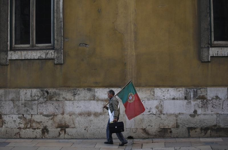 © Reuters. Portugal stocks higher at close of trade; PSI 20 up 0.82%