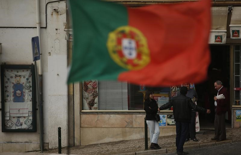 © Reuters. Portugal stocks higher at close of trade; PSI 20 up 0.90%