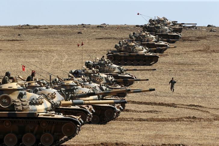 Нефть подорожала на заявлении Минобороны РФ о том, что Турция готовится к вторжению в Сирию LYNXNPEC0D0TS_L