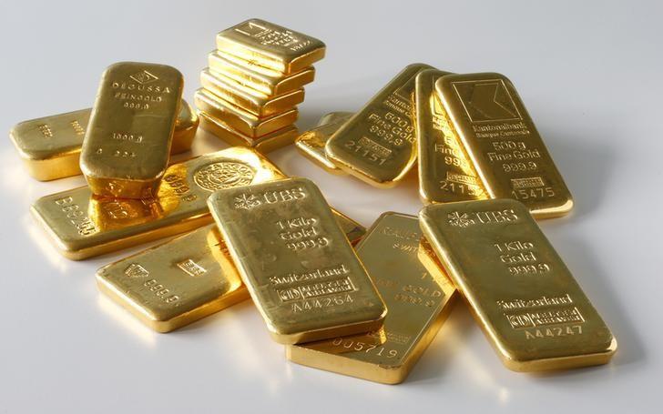 © Reuters.  Oro sopra i 1.200 dollari dopo i verbali della Fed