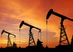 Crude posts modest gains amid dwindling U.S. stockpile levels