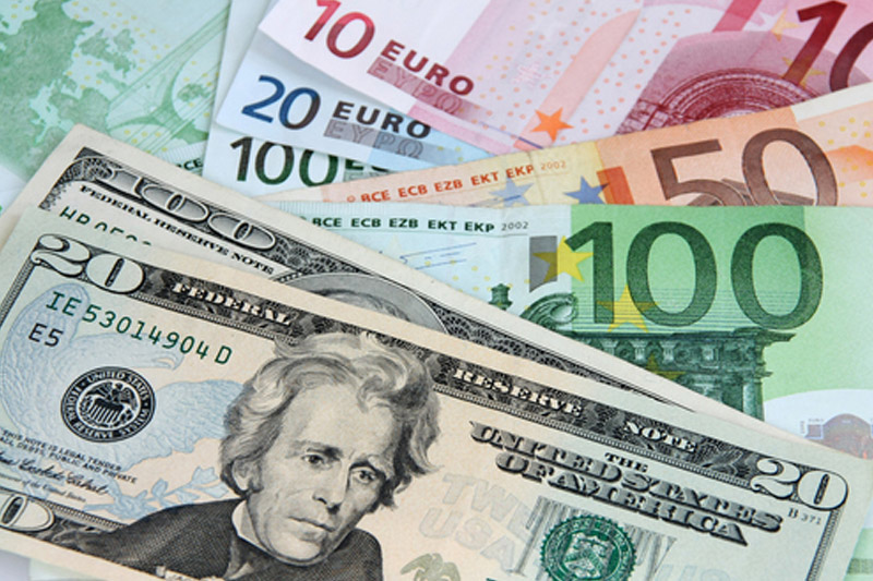 EUR/USD fell by 0.54% to retreat from 3-month highs