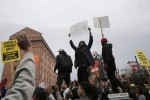 Thousands march in Baltimore to protest black man's death