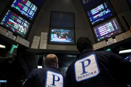 Sirius reapproaches Pandora for a takeover: source