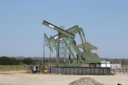 بيكر هيوز: منتجو النفط الأمريكيون يضيفون حفارات للأسبوع الخامس