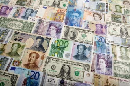 9日の米国市場ダイジェスト:ダウは142ドル高、投資家心理の改善が続く