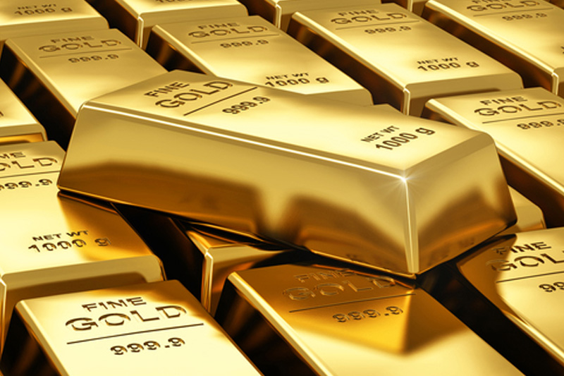 Gold Posts Solid Gains, as IMF Cuts Global Economic Growth Forecasts