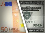 EUR/USD ticks up as Greek debt talks, Fed rate hike remain in focus