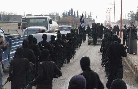 © Reuters. Estado Islámico ejecuta a decenas de soldados sirios