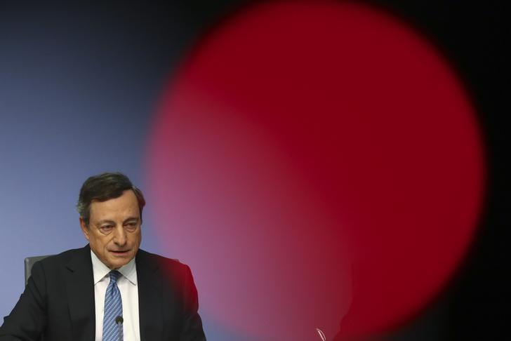 Draghi pumpt weitere 540 Milliarden Euro in den Markt