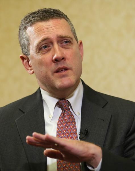 """Reuters Bullard dice Fed está """"muy atrasada"""" en calendario para subir tipos 2/2. Por Michael Flaherty - LYNXNPEA9206A_L"""