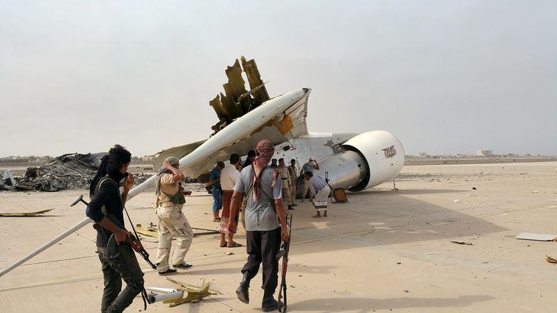 Guerra en Yemen - Página 3 LYNXNPEB6H04X_L