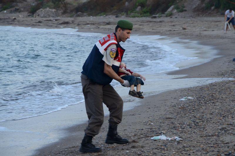 La familia del niño sirio ahogado en una playa turca intentó llegar a Canadá