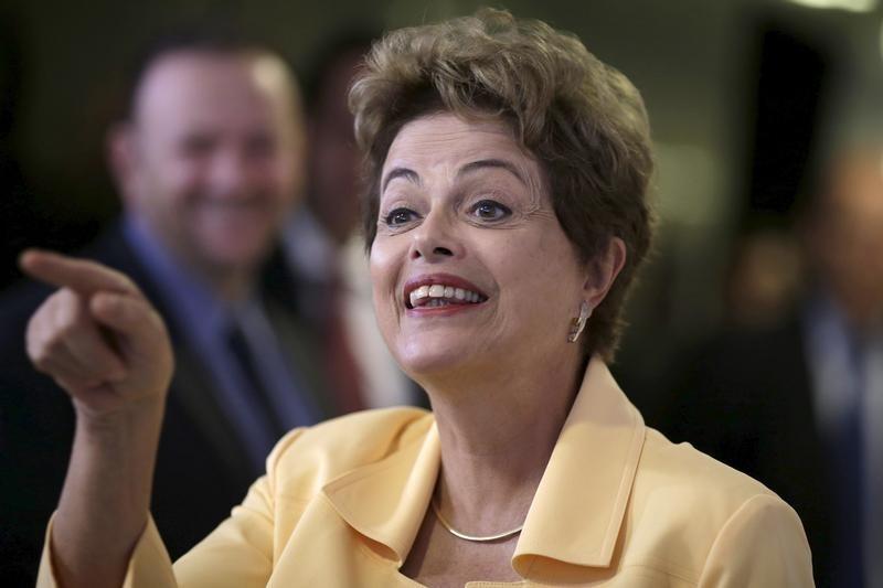 Presidenta de Brasil critica a Europa por crisis de refugiados