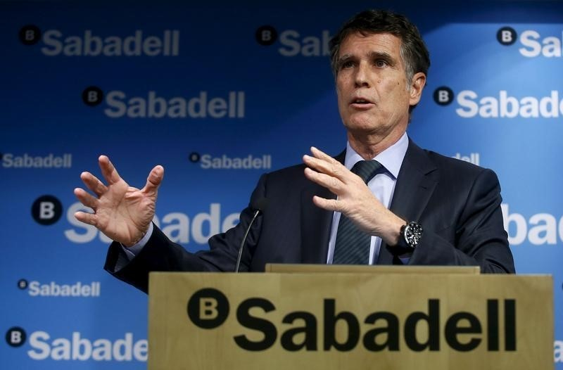 Sabadell mantiene las cl usulas suelo en hipotecas for Clausula suelo caixabank
