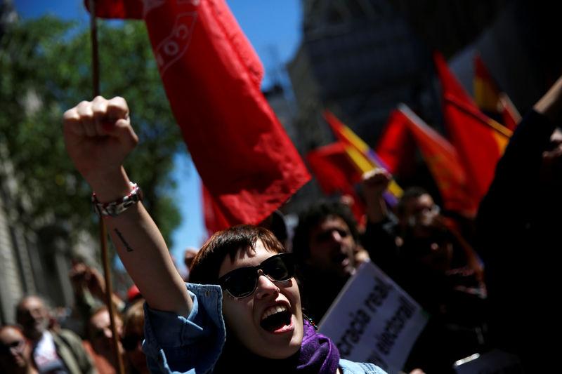 Los sindicatos lamentan la parálisis política en el Día del Trabajo