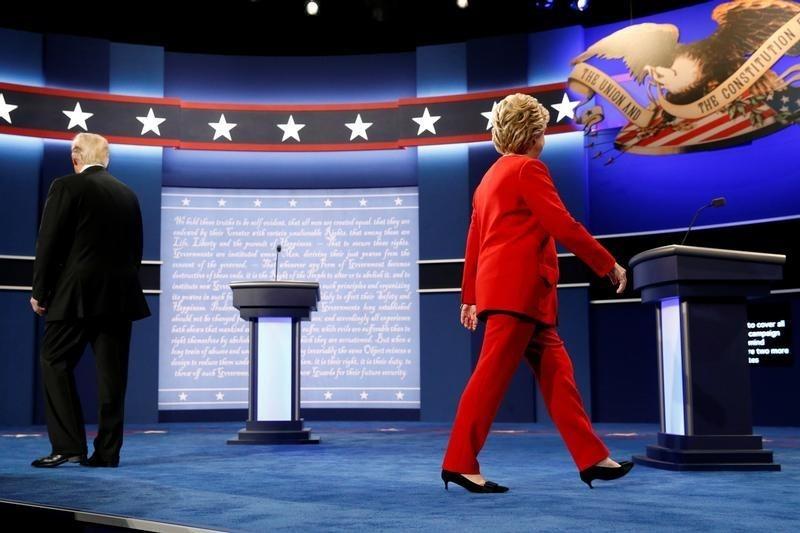 Мексиканский песо подорожал на уверенном выступлении Клинтон в дебатах с Трампом