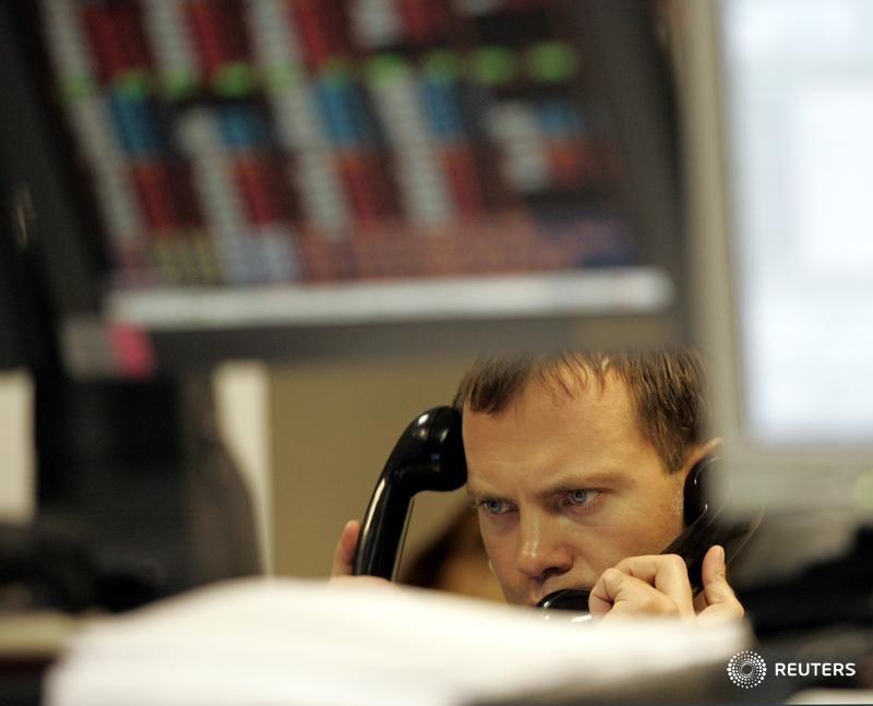 ЦБР не убедил игроков денежного рынка РФ отказаться от телефонов при заключении сделок - Моисеев из ЦБ