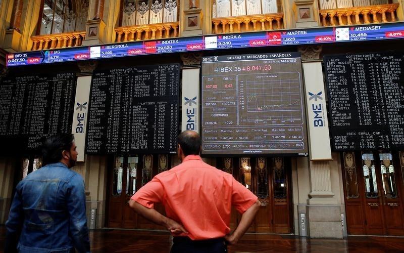 © Reuters. El Ibex rebota en el arranque de la nueva temporada de resultados