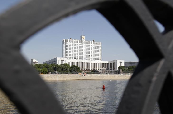 Минфин РФ видит серьезный риск недополучения доходов в новом бюджете-2016